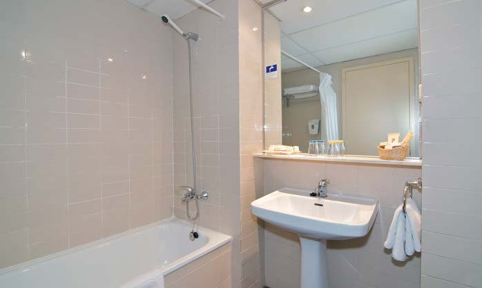 Bathroom double hotel salou