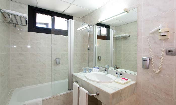 Bathroom double med (1) hotel torremolinos
