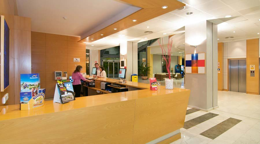 Reception piramide hotel salou